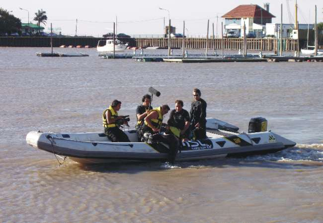 boat rental,  rescue, security in the water, films, tv, fotographs, productions, risk scenes, stunts, special effects