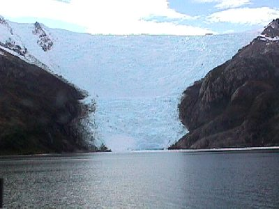Expedition in Beagle Channel in Tierra del Fuego Navigation in Glaciars Patagonia Adventure Tourism