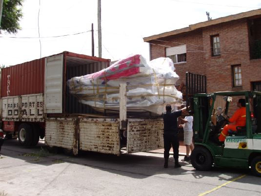 MOON Ribs build in Argentine for sales to foreing countries, America, USA, Europe, Asia, chile, etc. Containers of 20, 40 feet, HC, Flat Rack, Consolidations, etc